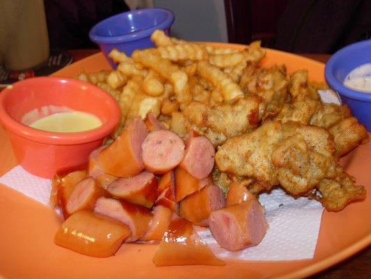 有義式炸雞柳~薯條~熱狗~