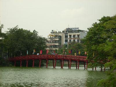 สถานที่ท่องเที่ยว ทะเลสาบฮว่านเกี๋ยม