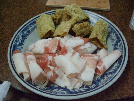 豆皮和豬肉片~